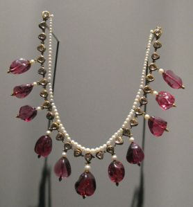 Necklace make of red spinel, pearls and diamonds set in gold bezels.