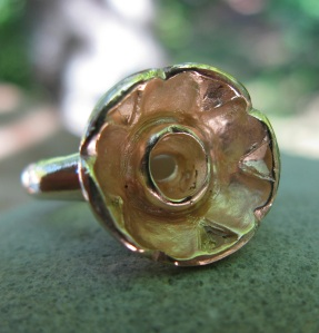 ring cast in gold