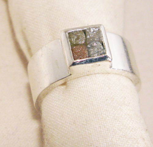 4 colored diamond cubes, Sterling silver ring